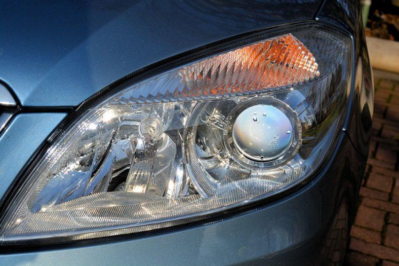 Luči H7 LED imajo visoko odpornost na vibracije